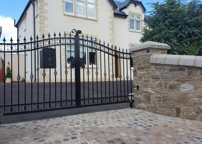 Barnes estate gates