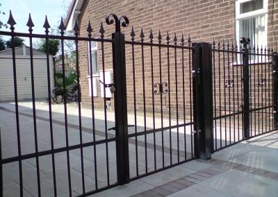 aspull_gates