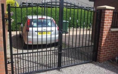 gates_lathom_1415