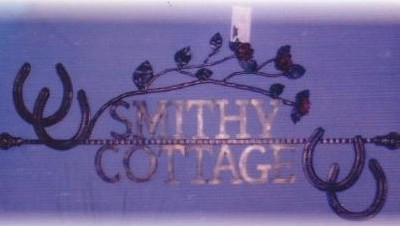 house_num_smithy_cottage