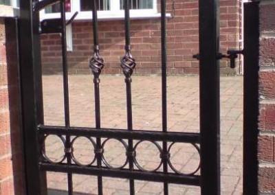 ped_gate_small_lyndon